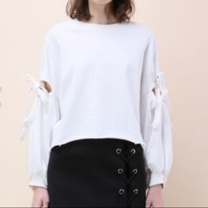 White long sleeve cropped sweatshirt